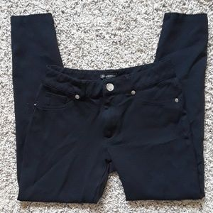 Black Jean style leggings